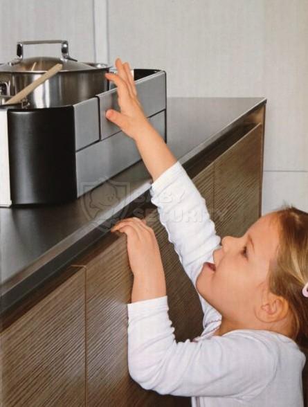 Экран (барьер) для кухонной плиты, Safe&Care, 57-90см, арт.SC812