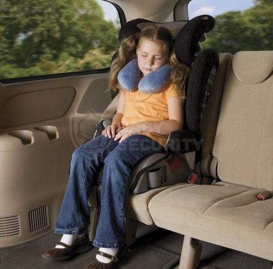 """Подушка детская для путешествий """"Обними меня"""""""