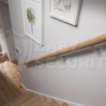 Поручни (перила) детские на лестницу