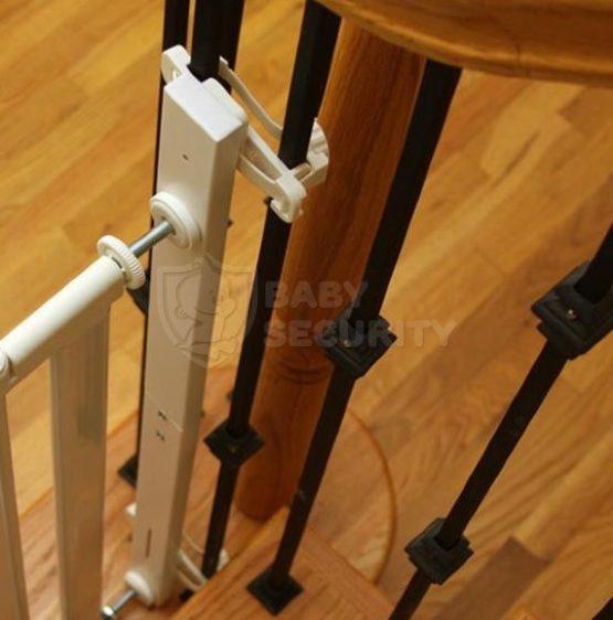 Комплект креплений для установки ворот на лестницах, Safe&Care, арт.906